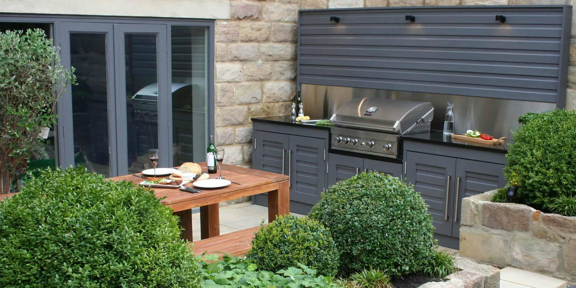Outdoor kitchen in your garden | Bestall & Co